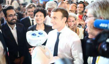 Emmanuel Macron a un evento sull'innovazione e la tecnologia digitale, giugno 2017. Foto di Martin Bureau/AFP/Getty Images.