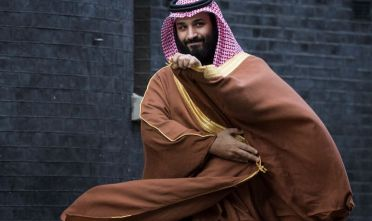 Saudi Crown Prince Mohammed bin Salman arrives to meet with British Prime Minister Theresa May on the steps of number 10 Downing Street on March 7, 2018 in London, England. Saudi Crown Prince Mohammed bin Salman has made wide-ranging changes at home supporting a more liberal Islam. Whilst visiting the UK he will meet with several members of the Royal family and the Prime Minister.