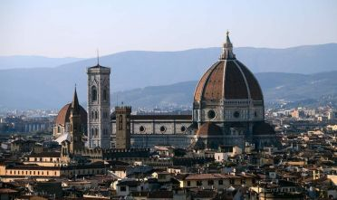 A picture shows a panorama of the city of Florence with the 'Duomo' the cathedral Santa Maria del Fiore on April 8, 2015 in Florence. AFP PHOTO / GABRIEL BOUYS / AFP / GABRIEL BOUYS (Photo credit should read GABRIEL BOUYS/AFP/Getty Images)