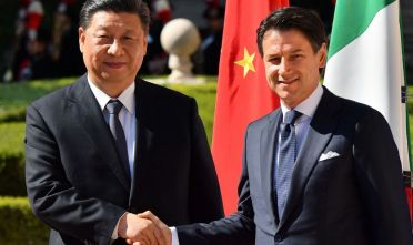 Italys Prime Minister Giuseppe Conte (R) and China's President Xi Jinping shake hands upon Xi Jinping's arrival for their meeting at Villa Madama in Rome on March 23, 2019 as part of a two-day visit to Italy. (Photo by Alberto PIZZOLI / AFP)        (Photo credit should read ALBERTO PIZZOLI/AFP/Getty Images)