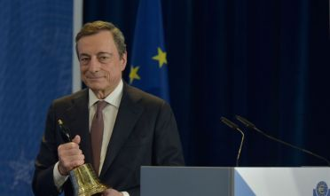 FRANKFURT AM MAIN, GERMANY - OCTOBER 28: Mario Draghi, outgoing president of the European Central Bank (ECB), holds the ceremonial bell during his farewell ceremony at the headquarters of the European Central Bank on October 28, 2019 in Frankfurt am Main, Germany. (Photo by Bernd Kammerer - Pool / Getty Images)