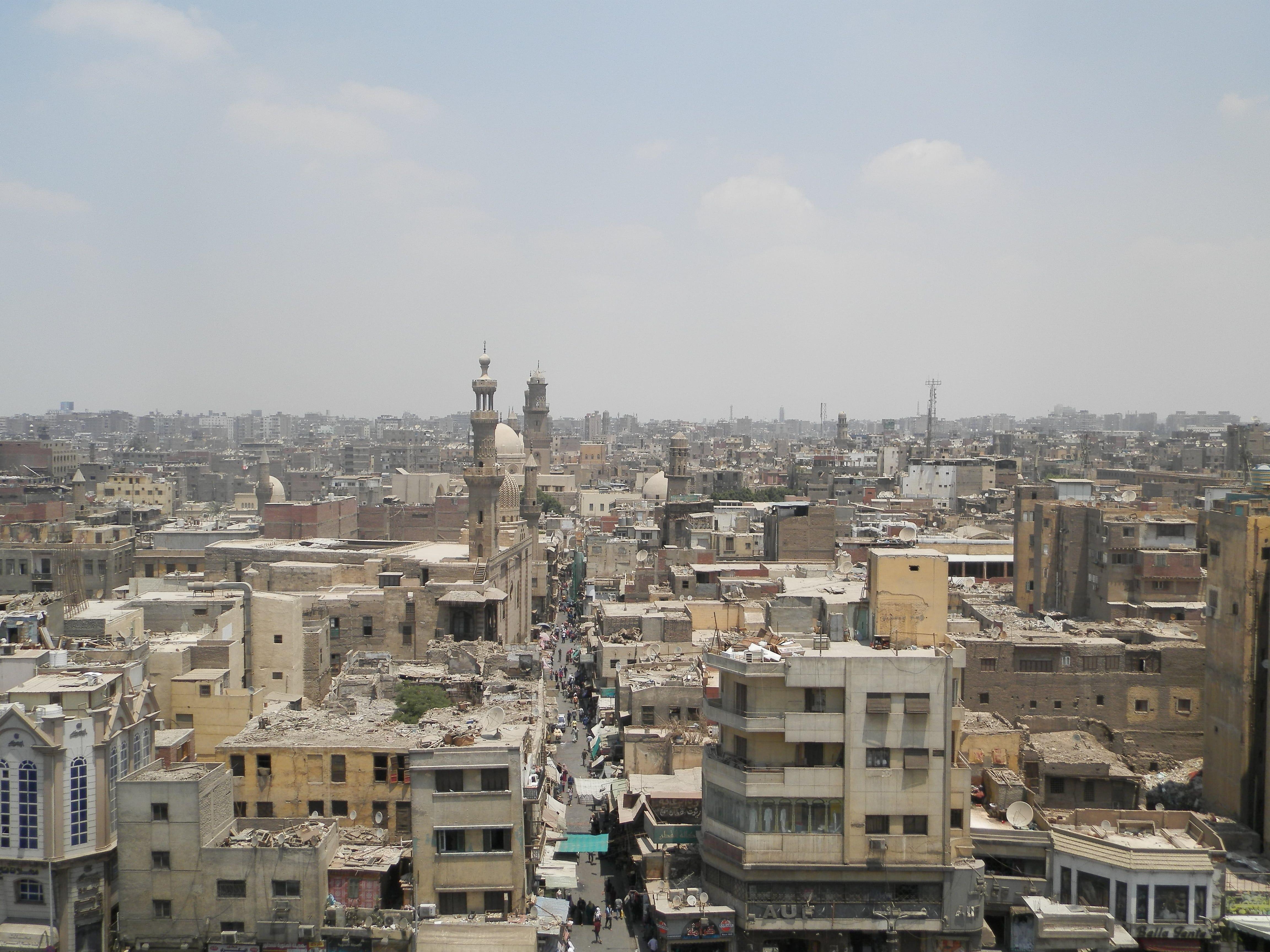 Panorama cairota dal minareto della moschea Qansuh al-Ghuri. Foto di Alessandro Balduzzi.