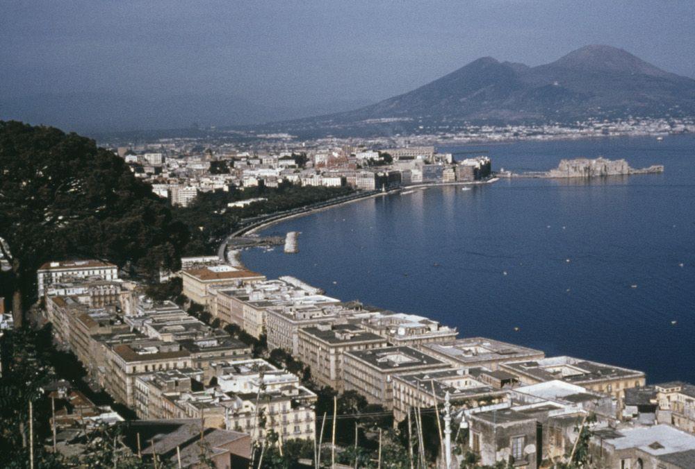 Vista del Glfo di Napoli, 1960. (Photo by Harvey Meston/Archive Photos/Getty Images)