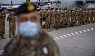 Gli ultimi reparti del contingente italiano in Afghanistan lasciano Kabul, 31 agosto 2021 (Foto: Antonio Masiello/Getty Images)