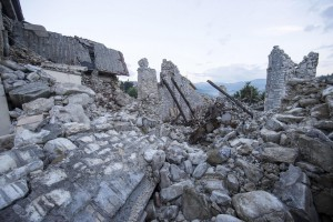 293 people confirmed dead in central Italian earthquake