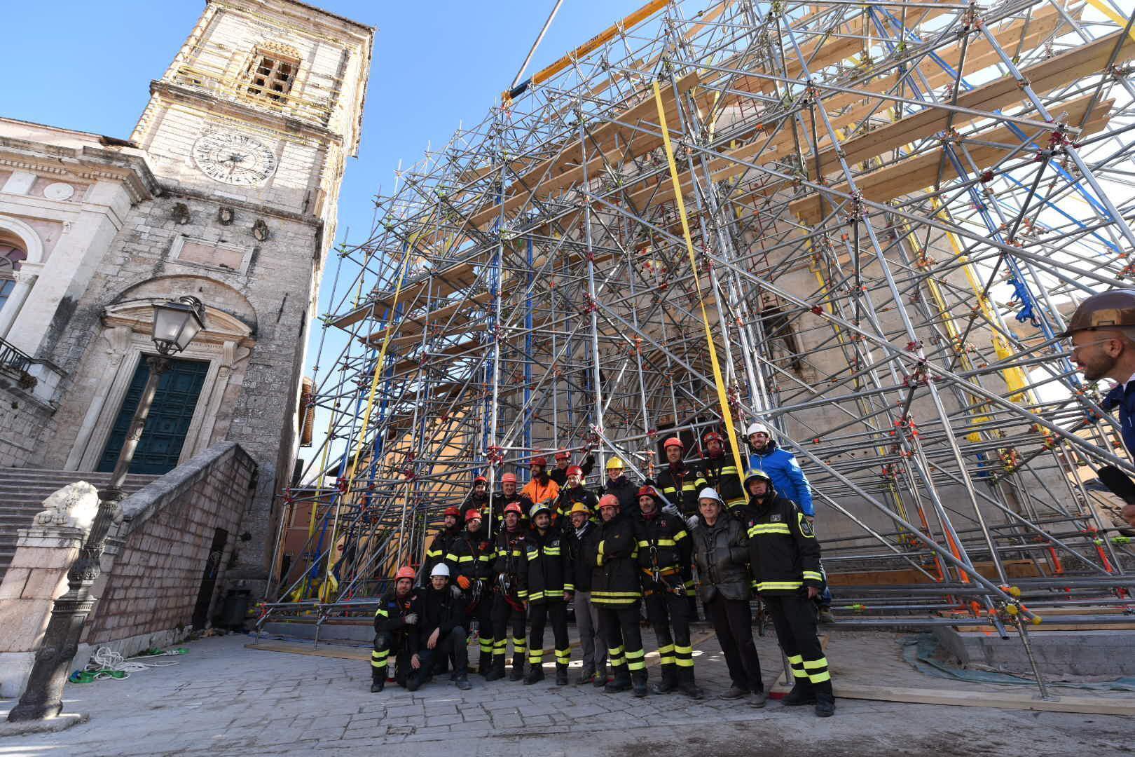 Terremoto: in sicurezza facciata Basilica Norcia
