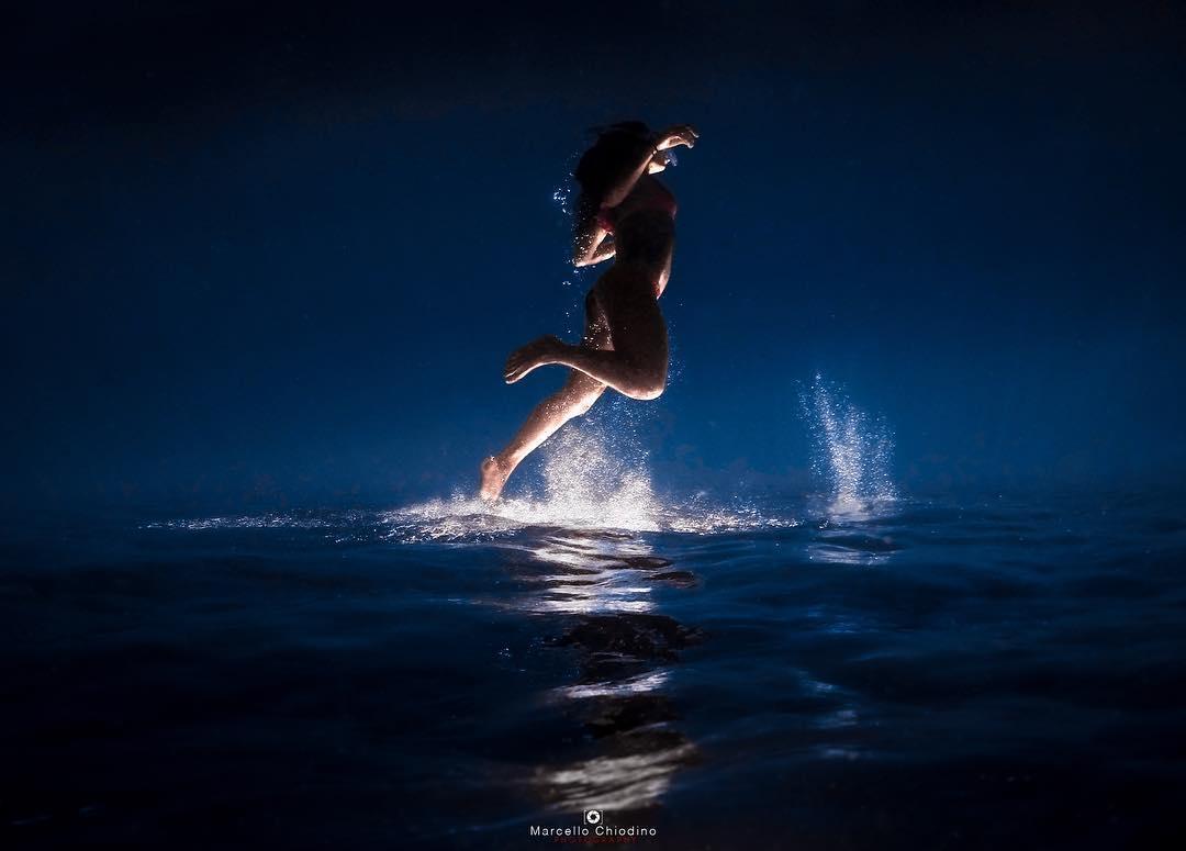 Saltando sott'acqua alla Maddalena