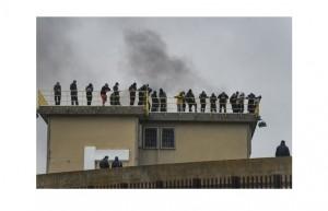 4) rivolte detenuti