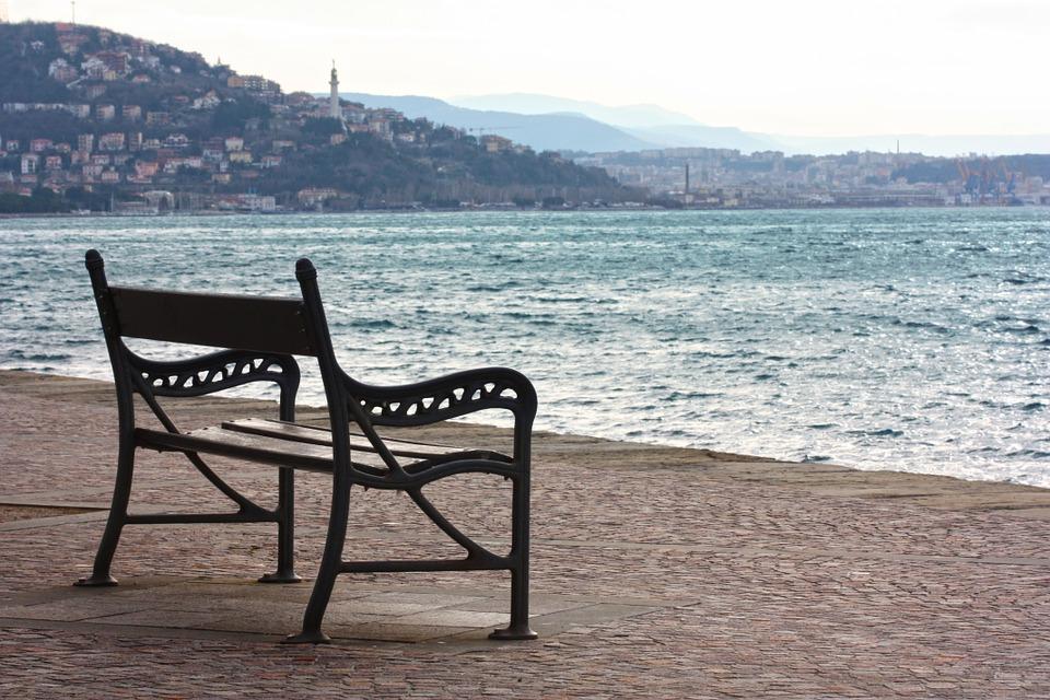 bench-398730_960_720