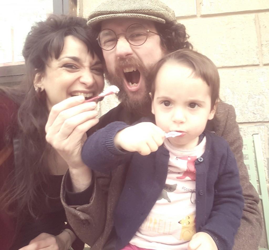 Elisa, Emiliano e la figlia Amelia