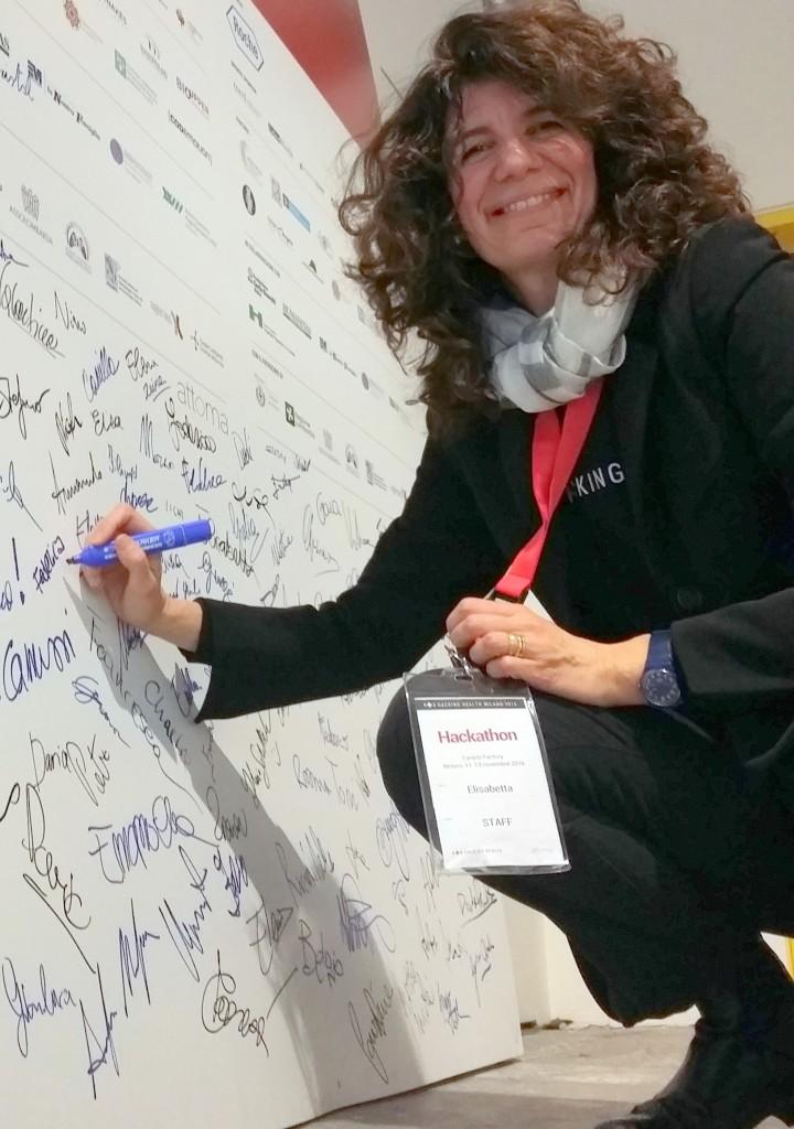 Elisabetta Camussi a un convegno nel 2016