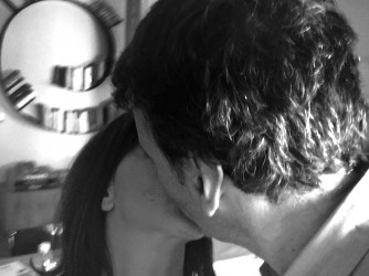 Per A. questo bacio rappresenta casa