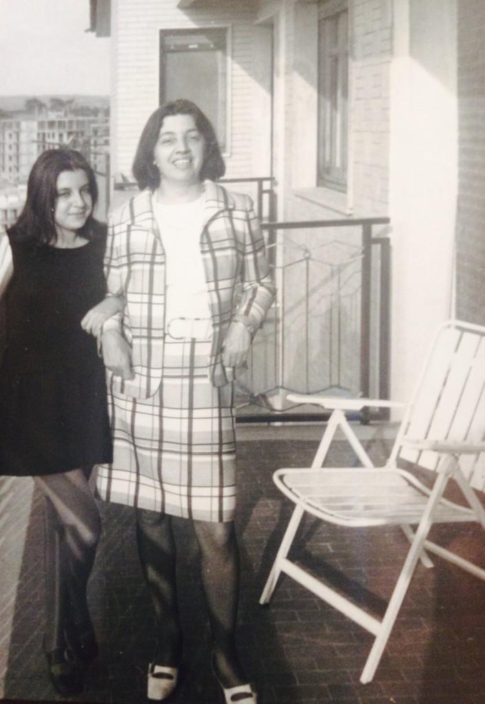 Letizia e la sua mamma in una foto di tanti anni fa