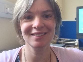 Serena in ufficio a Sheffield
