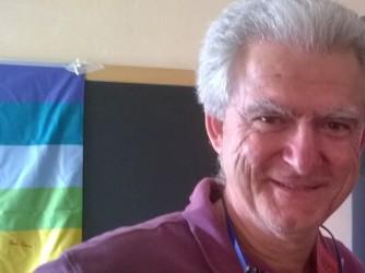 Roberto fa il maestro a Piacenza e ha un'idea sui compiti per le vacanze