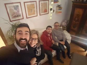 Maria Grazia con i figli Michele e Matteo e il marito Claudio