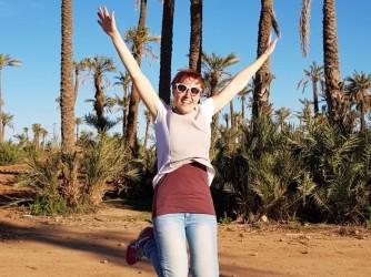 Erica ha molto viaggiato e ama insegnare le lingue straniere