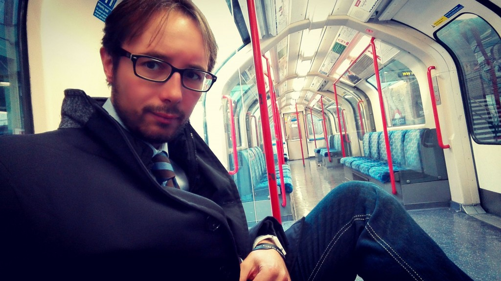 Diego sulla metropolitana di Londra
