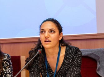 Giulia a Nizza durante un convegno