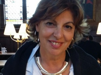 Maria Teresa vive e lavora a Oxford