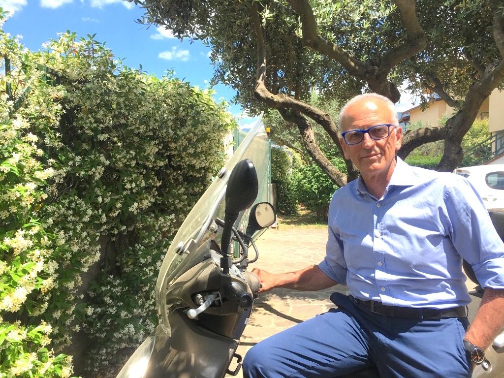 Gianfranco va molto a Pisa a trovare figli e nipoti