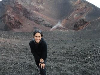 Roberta sull'orlo di un cratere, quasi un'immagine simbolo
