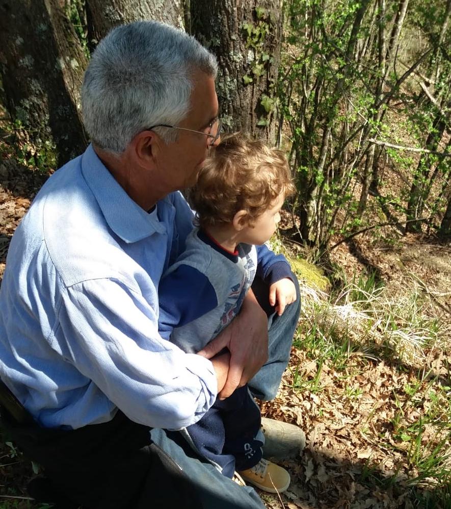 Francesco con suo nipote Francesco in una foto di un anno fa