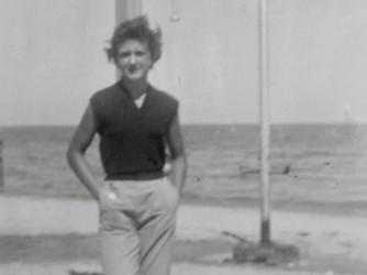 Paola a Pesaro nel 1954, la guerra era finita da appena 9 anni