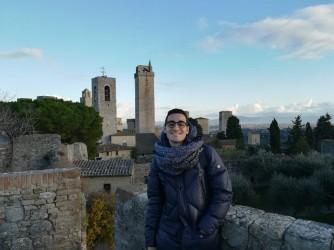 Massimo, qui a San Gimignano, studia all'Alma mater studiorum di Bologna
