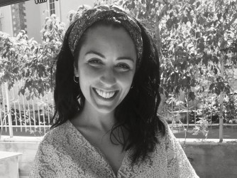 Ambra ha un master di secondo livello in Anticorruzione conseguito a Tor Vergata nel giugno 2019