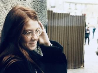 Anna in una foto del 1992, l'anno in cui ha dato la Maturità
