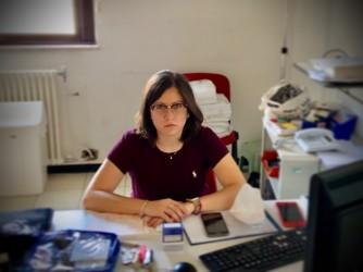Alessandra impegnata in un turno di Guardia medica a Trento