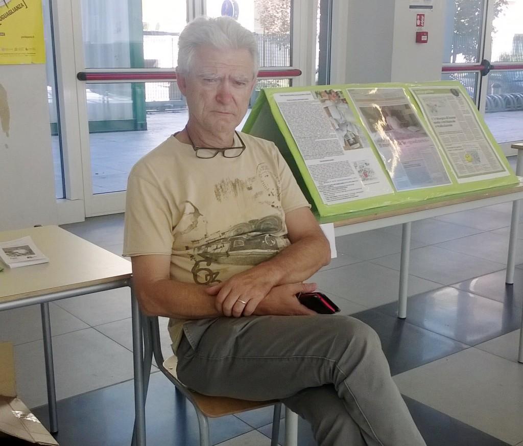 Roberto si occupa del progetto Notizie Positive e Educazione alla Pace.