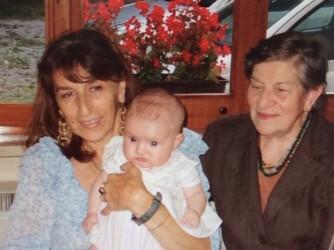 Catia con sua madre Domenica, che tutti però chiamano Nina, in una foto di qualche anno fa