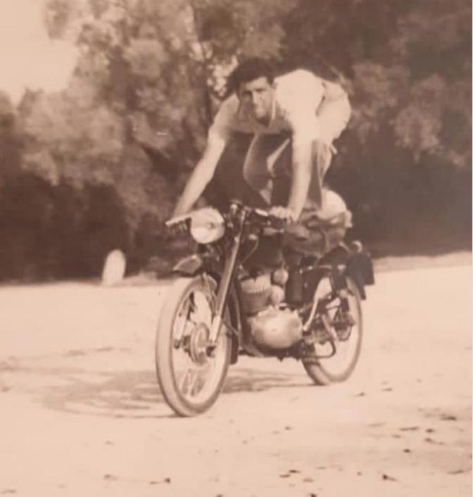 Una delle foto di suo padre Antonio trovate da Gaspare in un cofanetto dimenticato