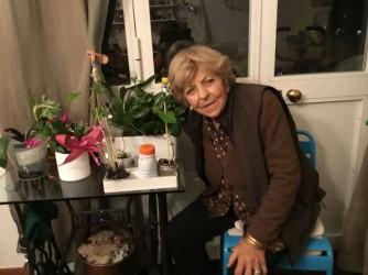 Maria in una foto fatta da Yuma, una bambina con cui faceva incontri di botanica