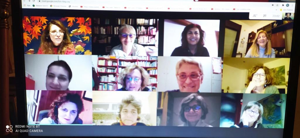 Ida e alcuni sui colleghi firmatari della lettera durante una riunione a distanza per stendere il testo