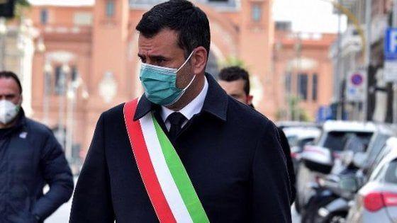 Il sindaco di Bari Antonio De Caro lancia l'allarme sulla tenuta del Pd