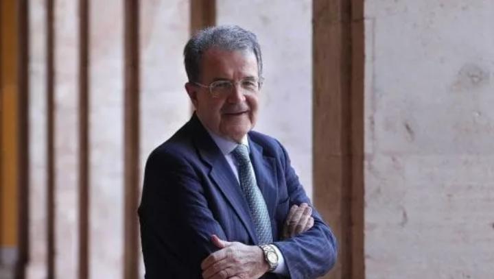 Romano Prodi ha detto di non volersi candidare a Presidente della Repubblica per raggiunti limiti di età