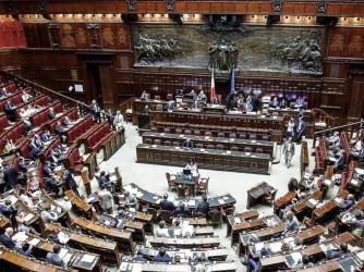 Una seduta della Camera dei deputati, con la nuova legislatura i membri scenderanno da 630 a 400