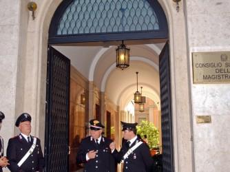 La sede del Csm a Roma, lettere anonime e verbali tirano in ballo alcuni membri