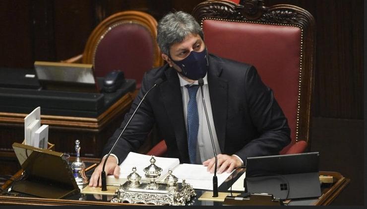 Roberto Fico presiede una seduta a Montecitorio, a settembre si dimetterà per correre come sindaco di Napoli
