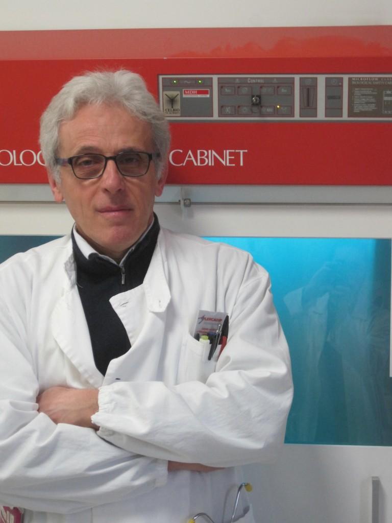 Bruno insegna all'Università di Pavia e ha una teoria sulla diffusione del virus