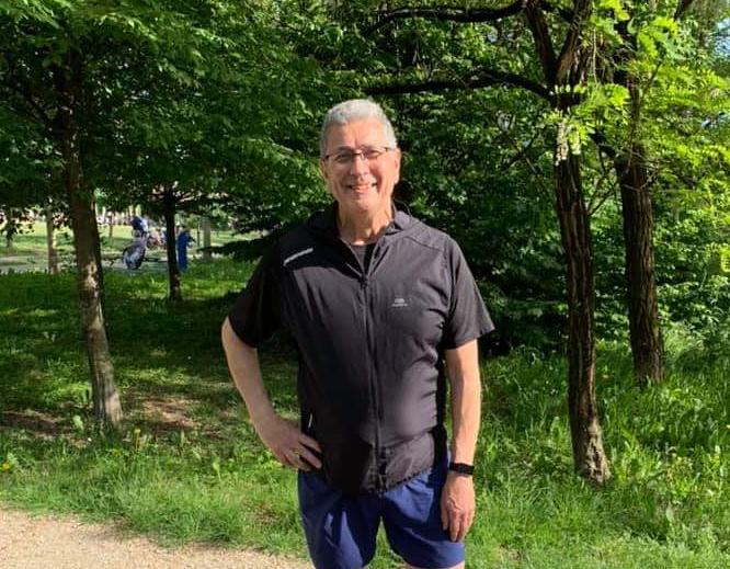 Guido in campagna, ama fare lunghe passeggiate