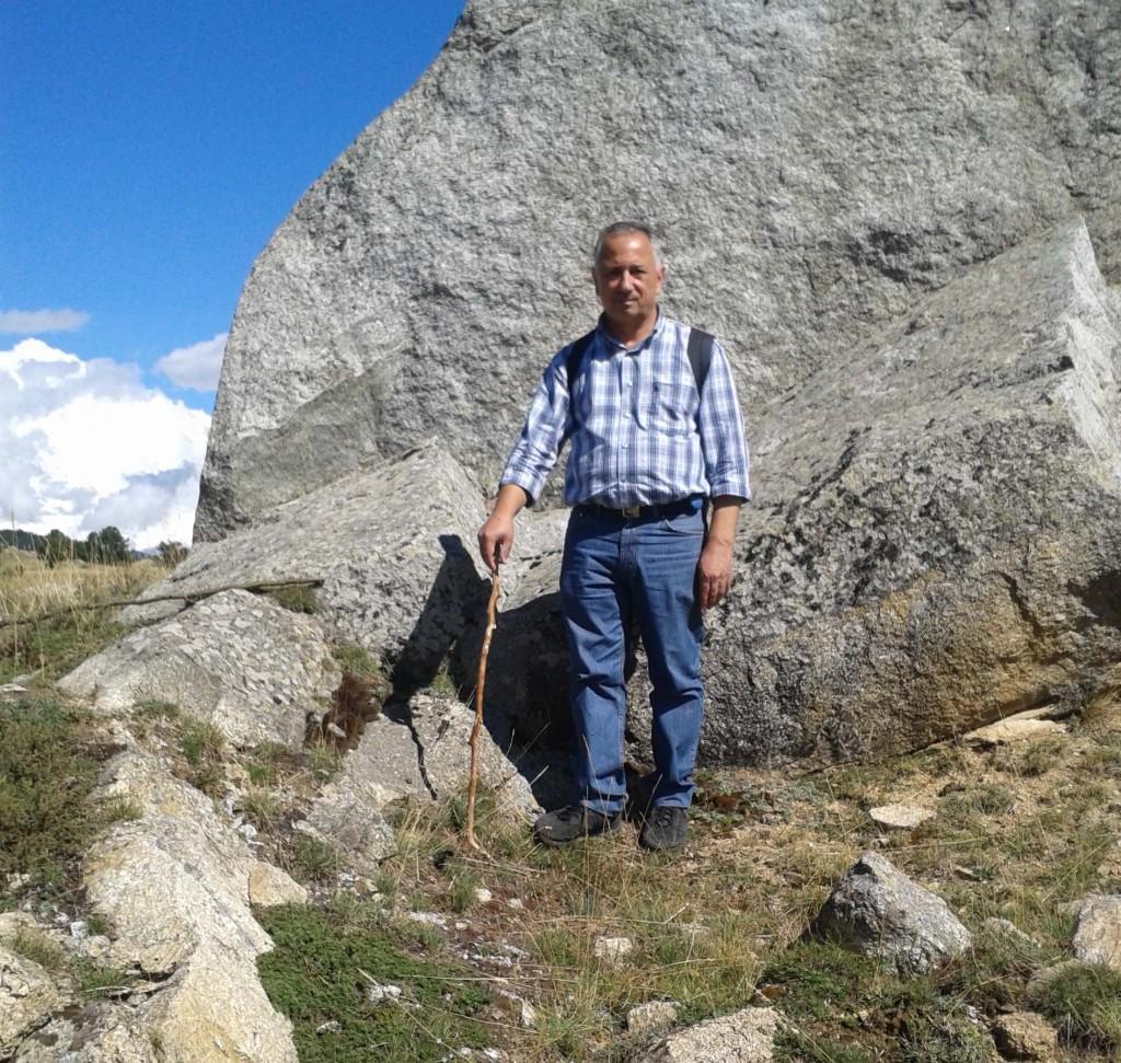 Salvatore ama le passeggiate in montagna nel tempo libero