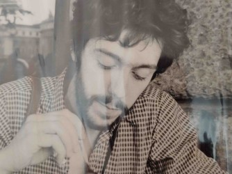 Roberto nel 1976, una delle poche foto del suo album