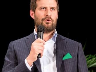 Paolo Tiramani, sindaco di Borgosesia e volontario per il vaccino ReiThera