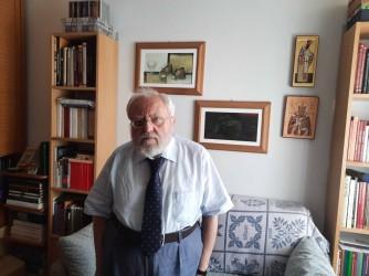 Enrico vive nel quartiere che ospitava la sezione  in cui Achille Occhetto annunciò la svolta del Pci