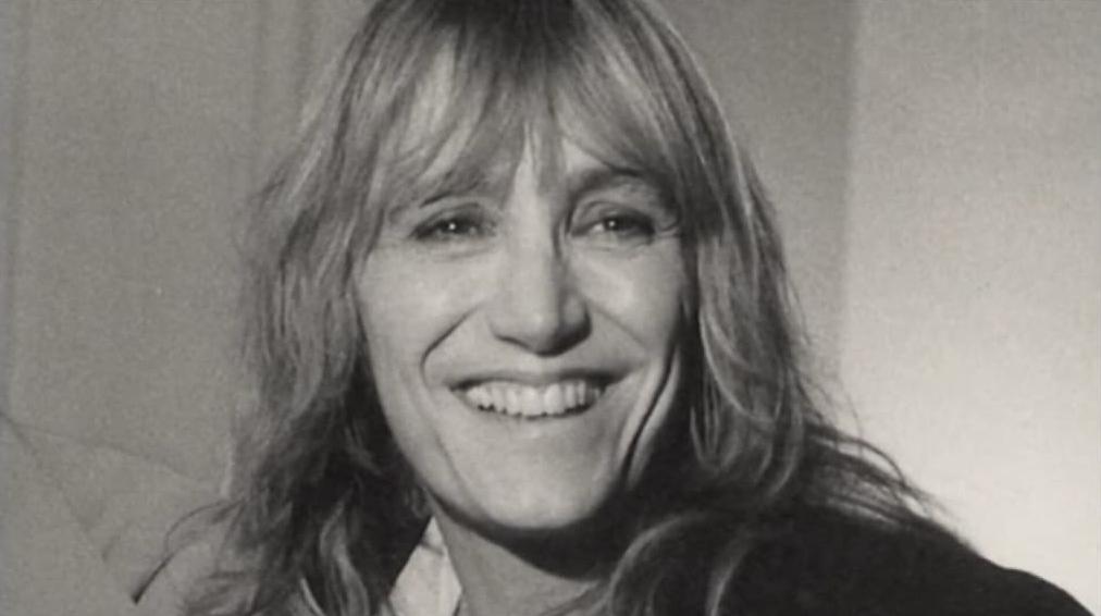 Il sorriso di Piera Degli Esposti, attrice, regista e scrittrice, morta il 14 agosto