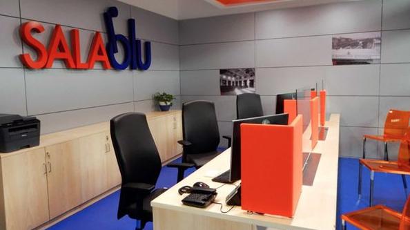 Una Sala Blu, pare che siano state chiude recando gravi disagi ai portatori di handicap